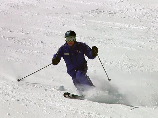 Urmas Skiing